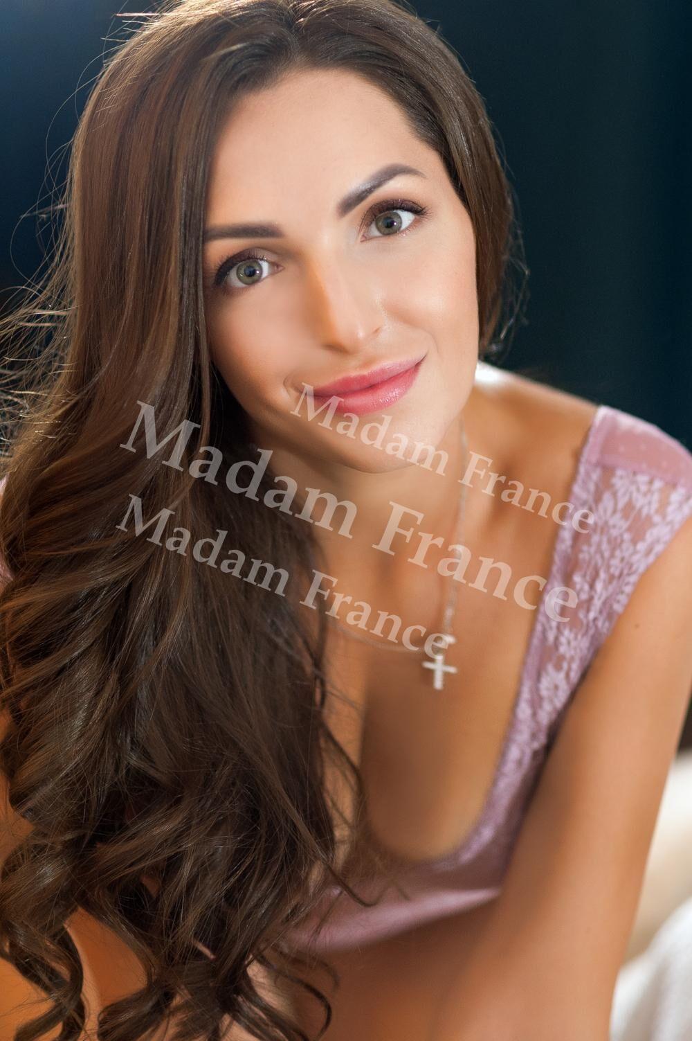 Elina model on Madam France escort service
