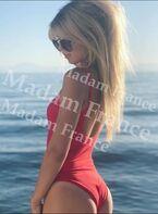 Model Hanoya on Madam