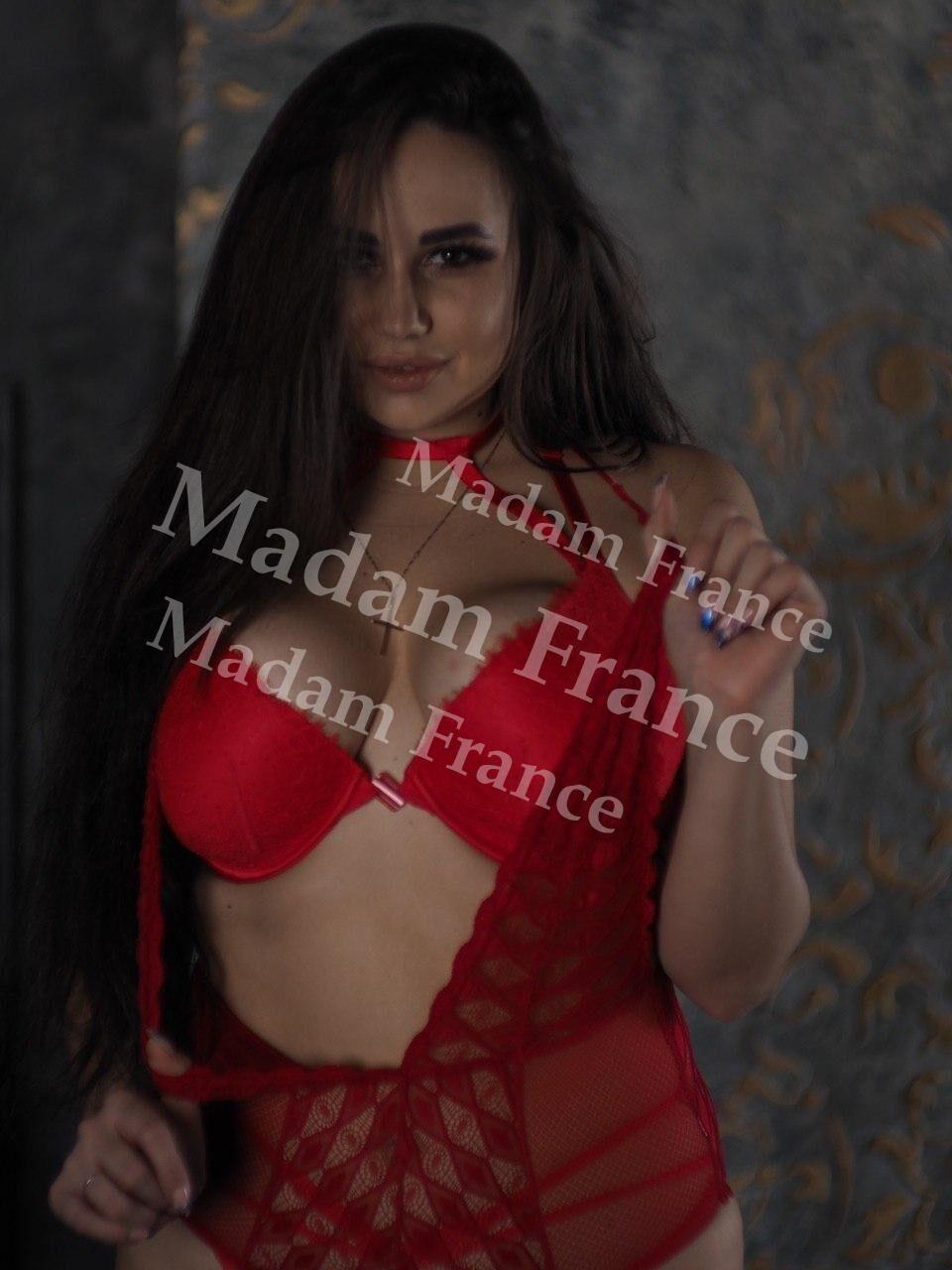 Jane model on Madam France escort service