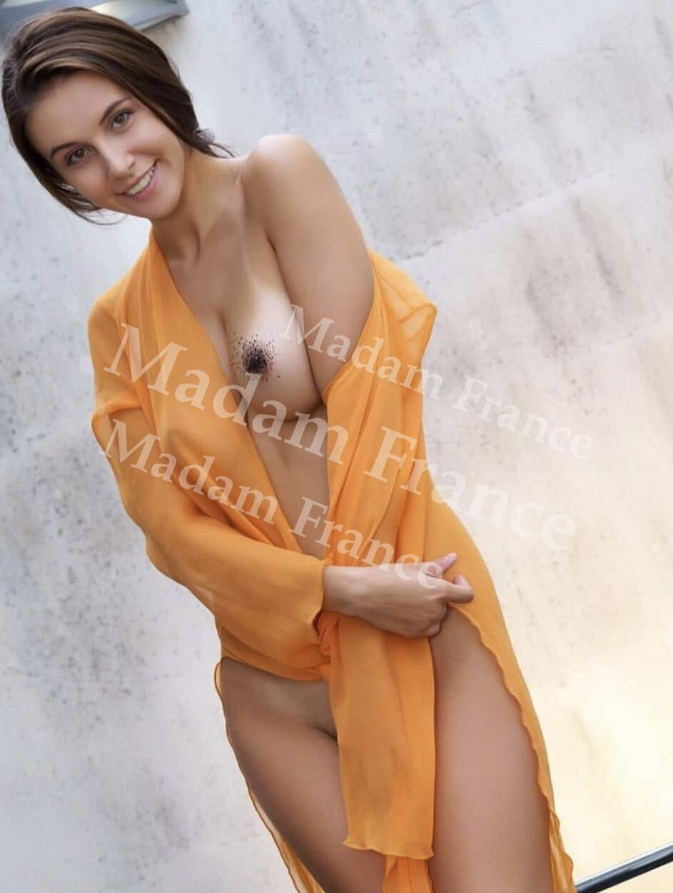 Marian model on Madam France escort service