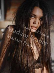 Model Lulu on Madam