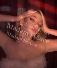 Model Natalie on Madam