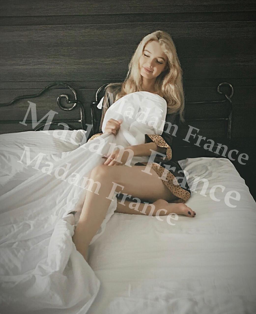 Hana photo on Madam France