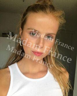 Model Vitalina on Madam