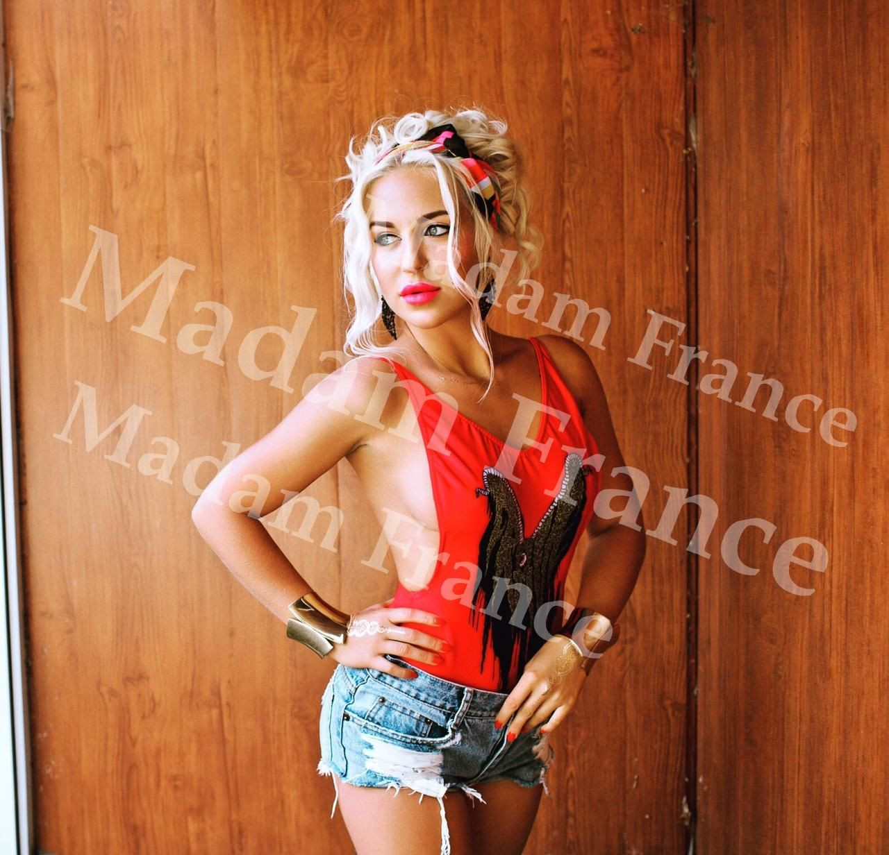 Brenda model on Madam France escort service