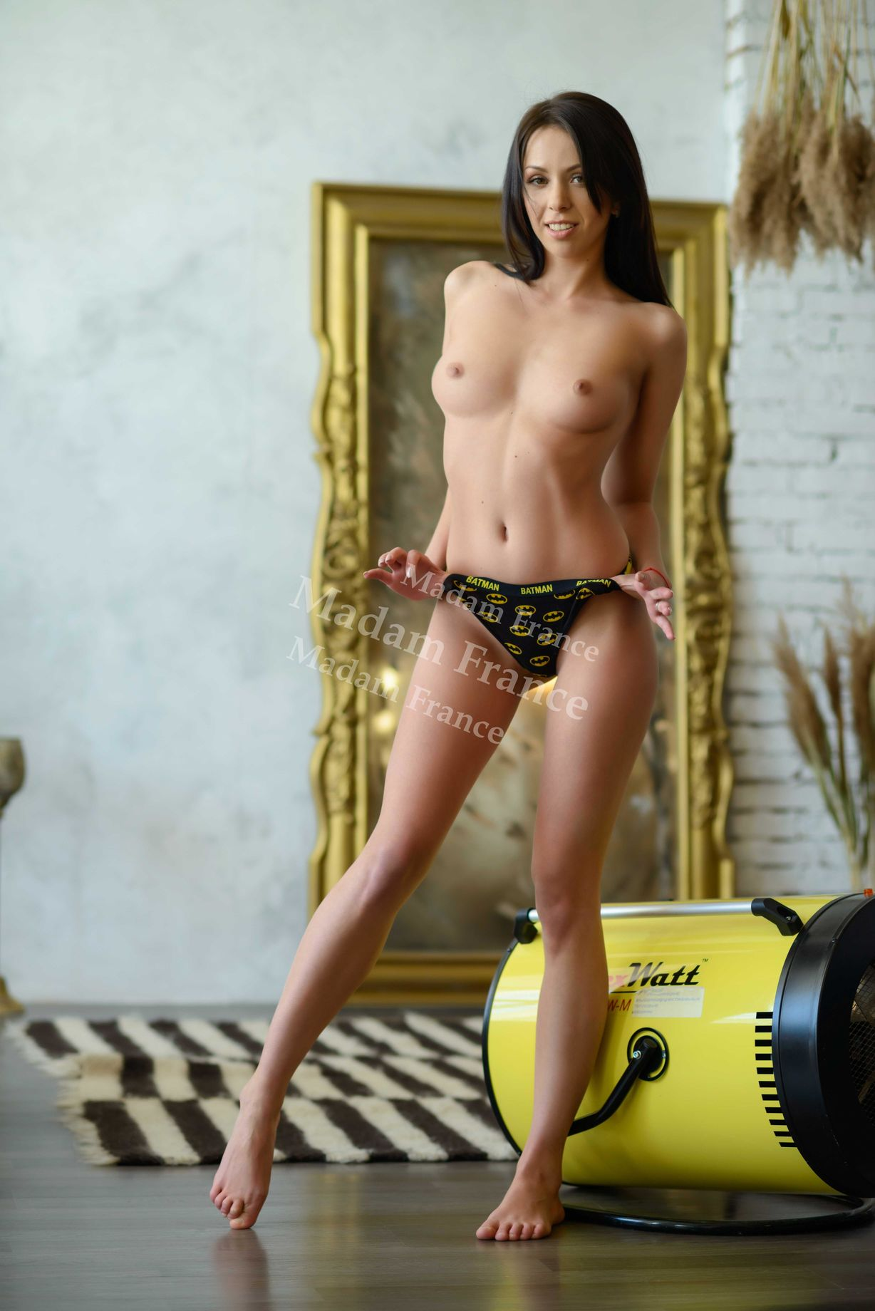 Model Katya_hot on Madam