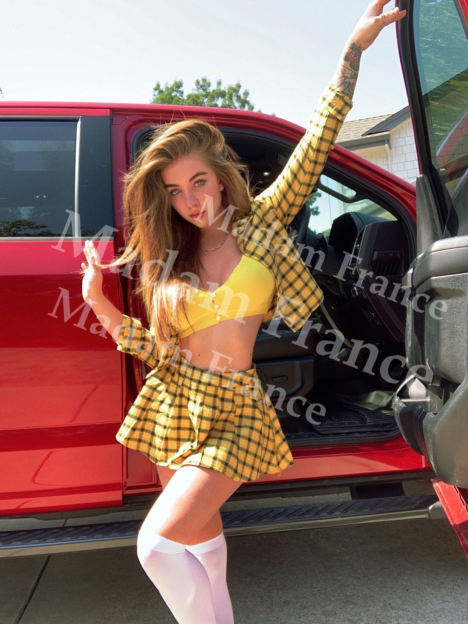 Leslie arah model on Madam France escort service