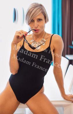 Model Tinna on Madam
