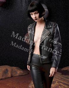 Model Assole on Madam
