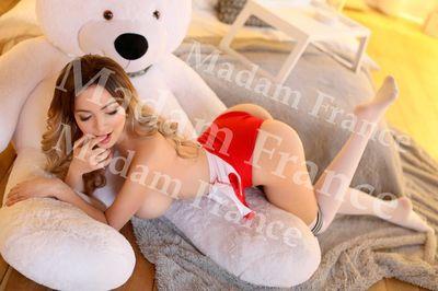 Model Kassia on Madam