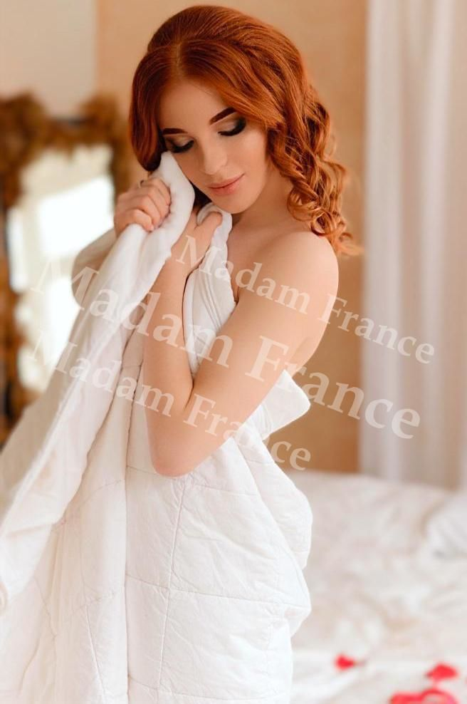 Sofy model on Madam France escort service
