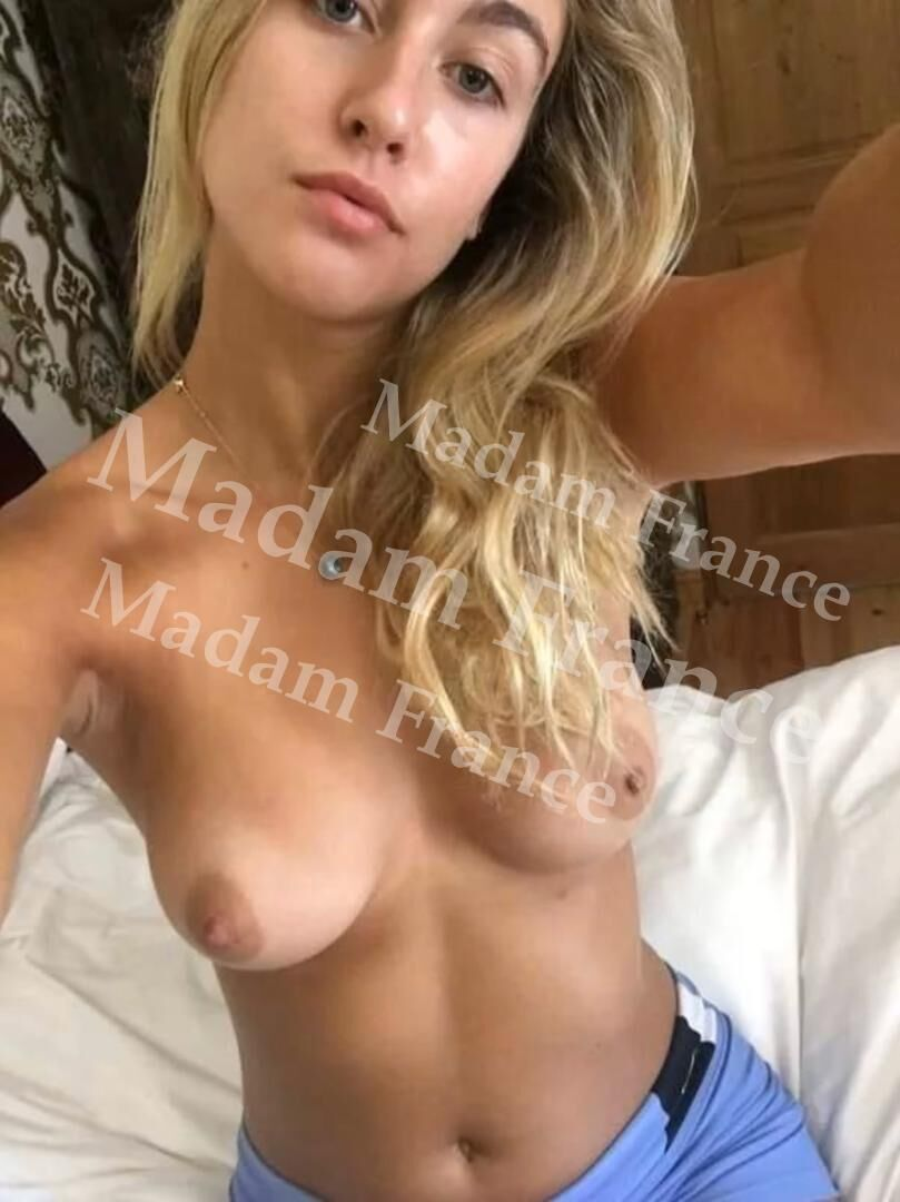 Escorteluciane model on Madam France escort service