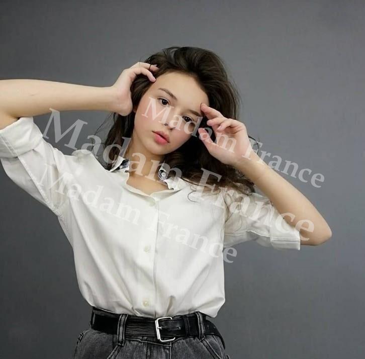 Melania photo on Madam France