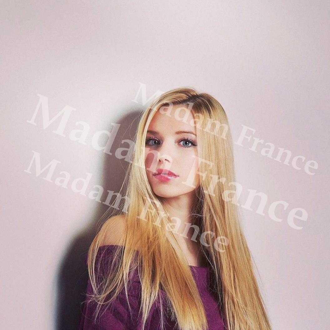Vega model on Madam France escort service